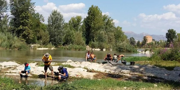 Taller de recerca d'or al riu Segre